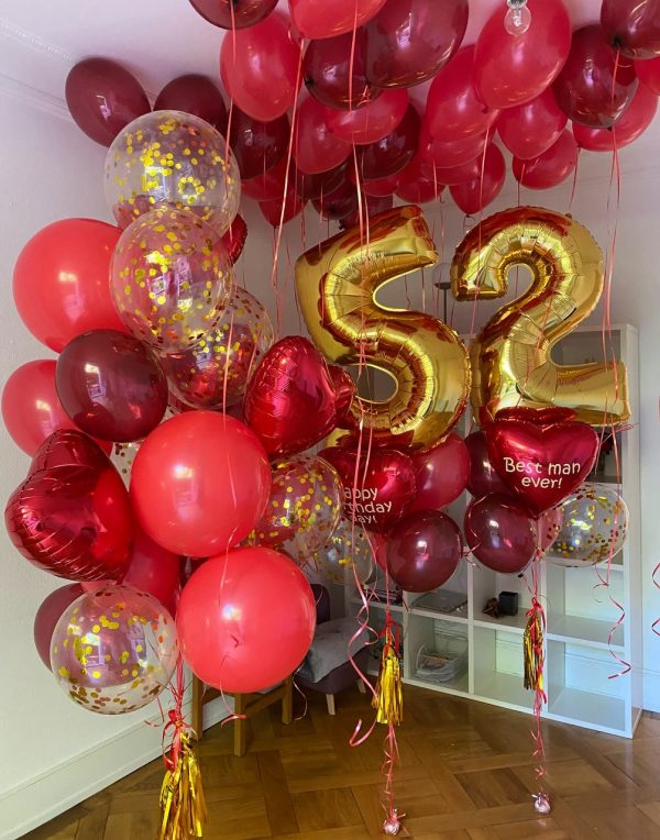 Giant Personalized Set with Numbers and Balloon Ceiling